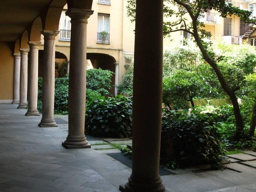 Via San Maurilio Milano vendita appartamento in via san maurilio. milano. da