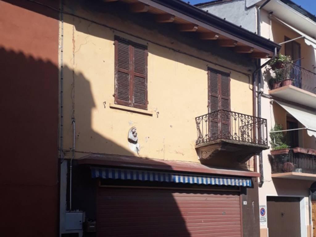 foto  Negozio in Vendita a Pizzighettone
