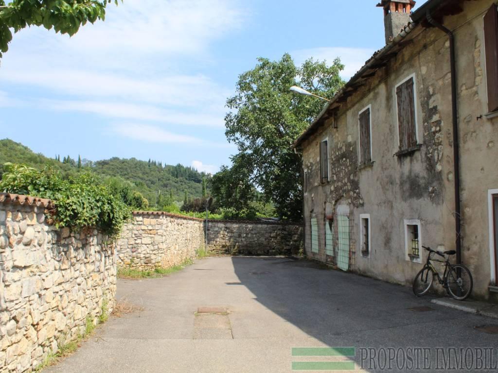 foto esterno rustico Casa colonica via Sant'Antonio, Rodengo Saiano