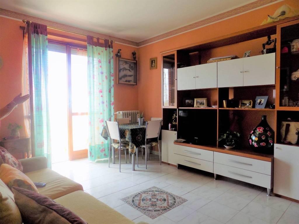 foto soggiorno Bilocale via Casalgrasso 9, Sommariva del Bosco