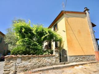 Foto - Casa indipendente via Scopetana 164, Forrottoli, Quarrata