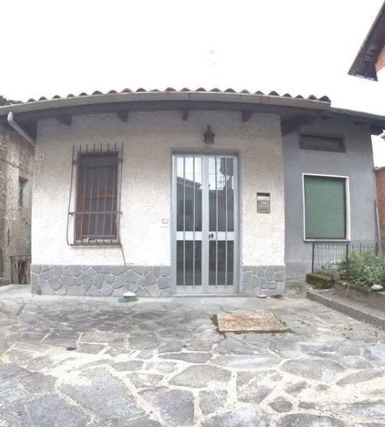 foto  Rustico / Casale frazione Lanvario 27, Soprana