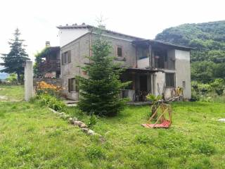 Photo - Detached house Poggio Umbricchio, Crognaleto