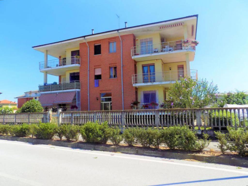 foto esterno Trilocale via Racconigi 17, Sommariva del Bosco