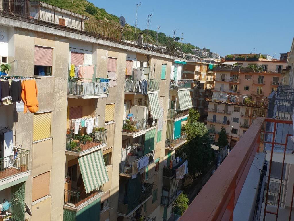 Ufficio Casa Salerno Via Principessa Sichelgaita : Vendita appartamento salerno. bilocale in via alfredo capone