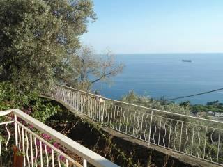 Foto - Trilocale via Sant'Ilario, Nervi, Genova