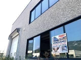foto esterno Capannone in Vendita a Botticino