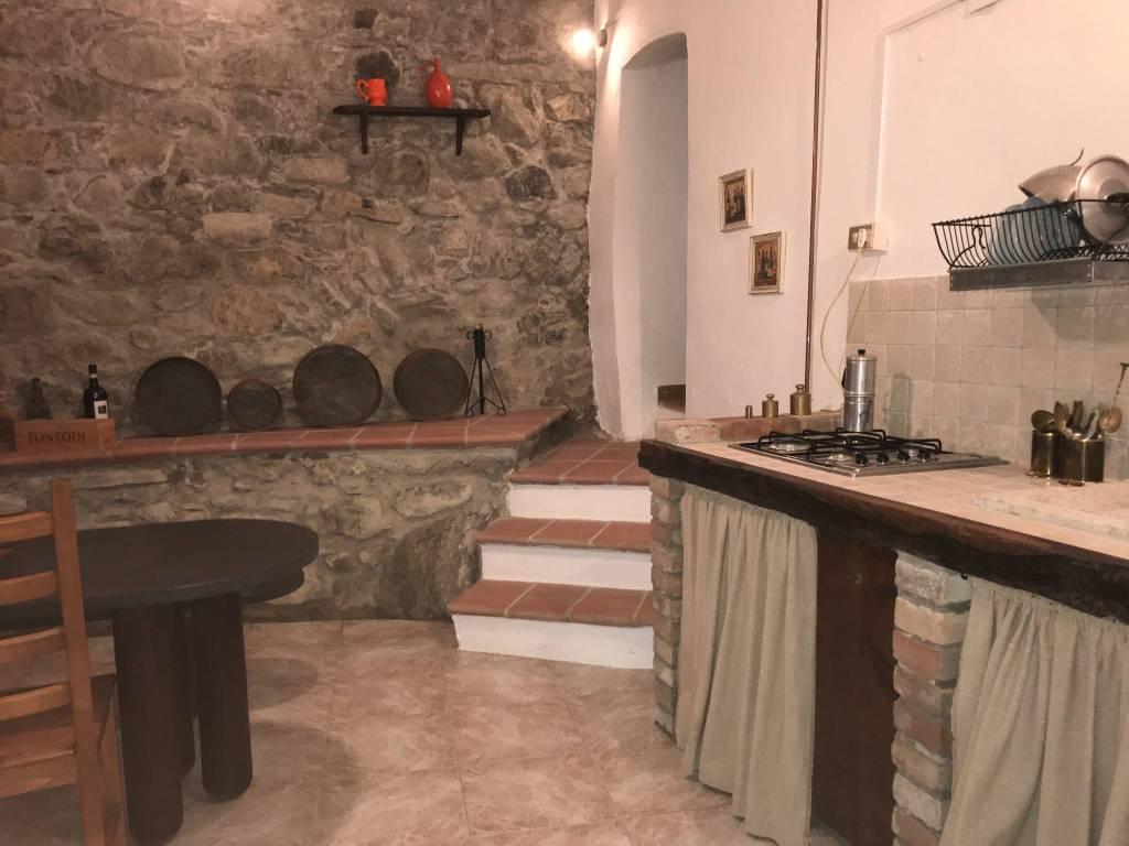 foto  Rustico, ottimo stato, 350 mq, Casola in Lunigiana