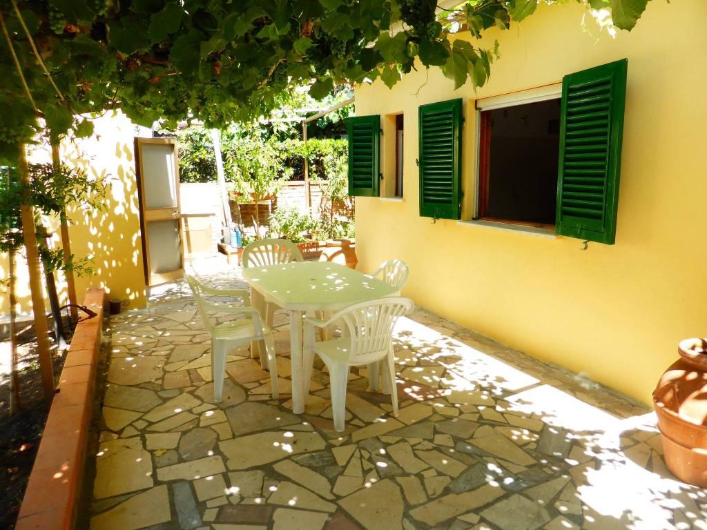 foto  Villa unifamiliare via Montanara 3, Follonica