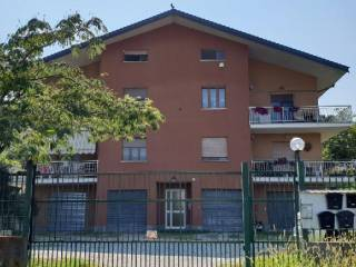 Photo - 2-room flat via Raffaello, Roletto