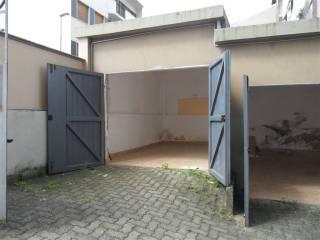 Foto - Box o garage via Rodi 23, Semicentro, Vercelli