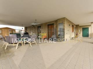 Foto - Appartamento via San Carlo Borromeo 8, Cesano Boscone