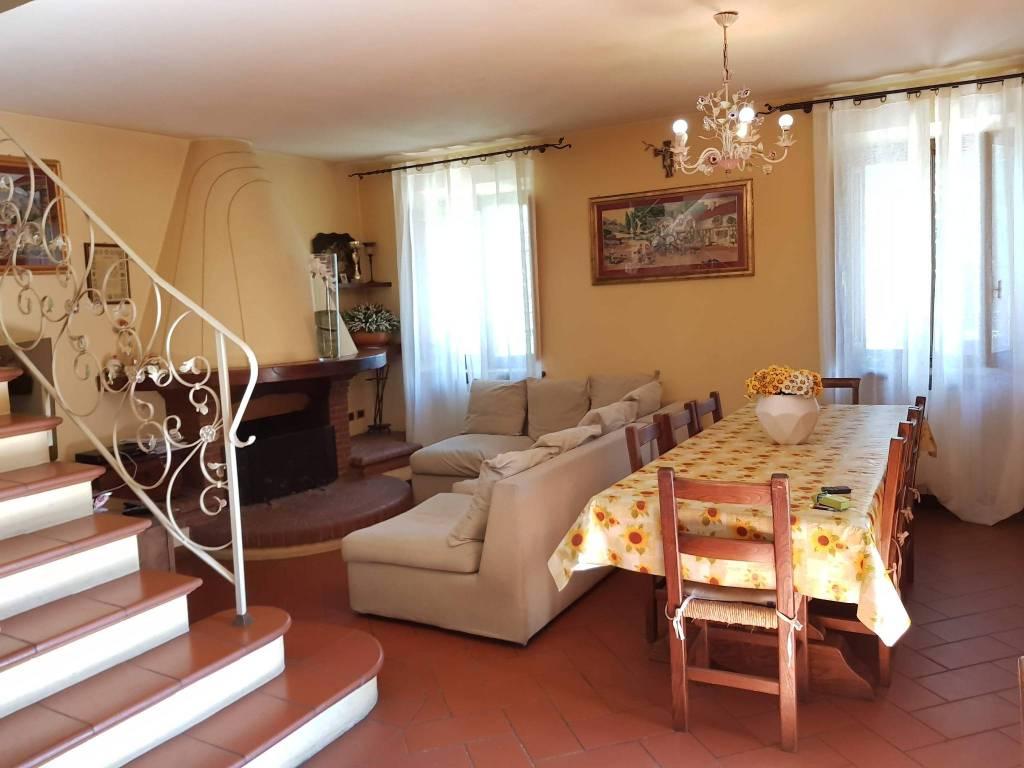 foto  Villa all'asta via Fontanella 470, Lucca
