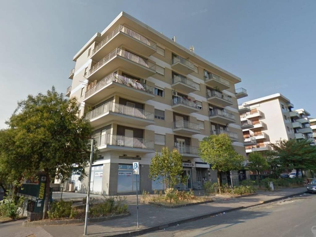 foto  Quadrilocale via Sicilia 10, Cosenza