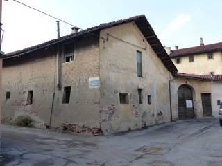 Photo - Historic residence via A  E  G  Garner 6, Villafranca Piemonte