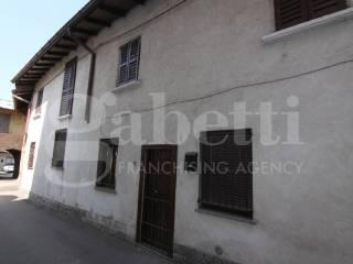 Photo - Building vicolo Sant'Ambrogio, Cerro Maggiore