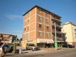 Foto - Appartamento via Alberelli 1-2, Cento