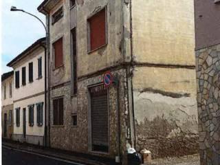 Foto - Trilocale all'asta via IV Novembre, Corteolona e Genzone
