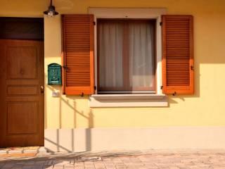Foto - Villetta a schiera via Piave 17, Santo Stefano Lodigiano