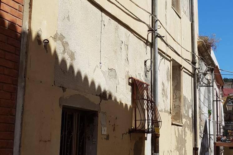 foto  Appartamento via Camillo Benso di Cavour 9, Sennori