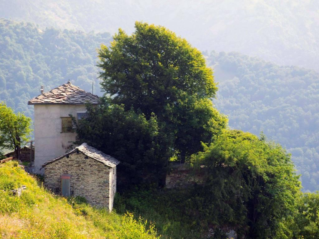 foto  Rustico / Casale Case Menulla, Monastero di Lanzo