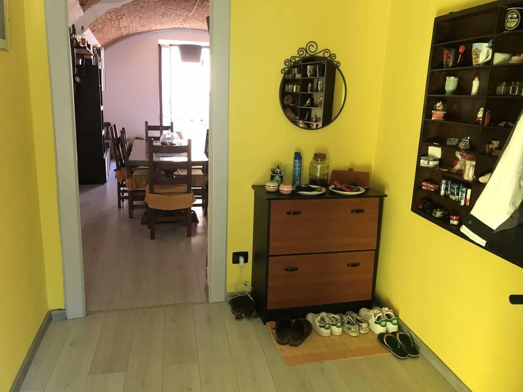 Foto 1 di Trilocale Via Cottolengo, Mondovì