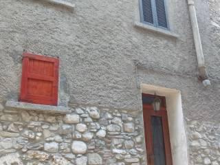 Foto - Casa indipendente via Castello 39, Losine