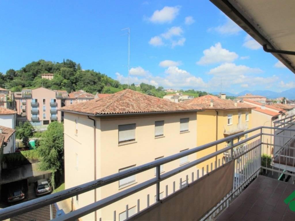 foto  Quadrilocale via G  Lazzarin, 4, Conegliano