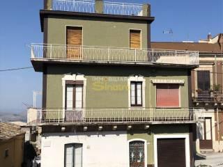 Foto - Palazzo / Stabile via Generale Pietro Napoli 1, Santa Maria di Licodia