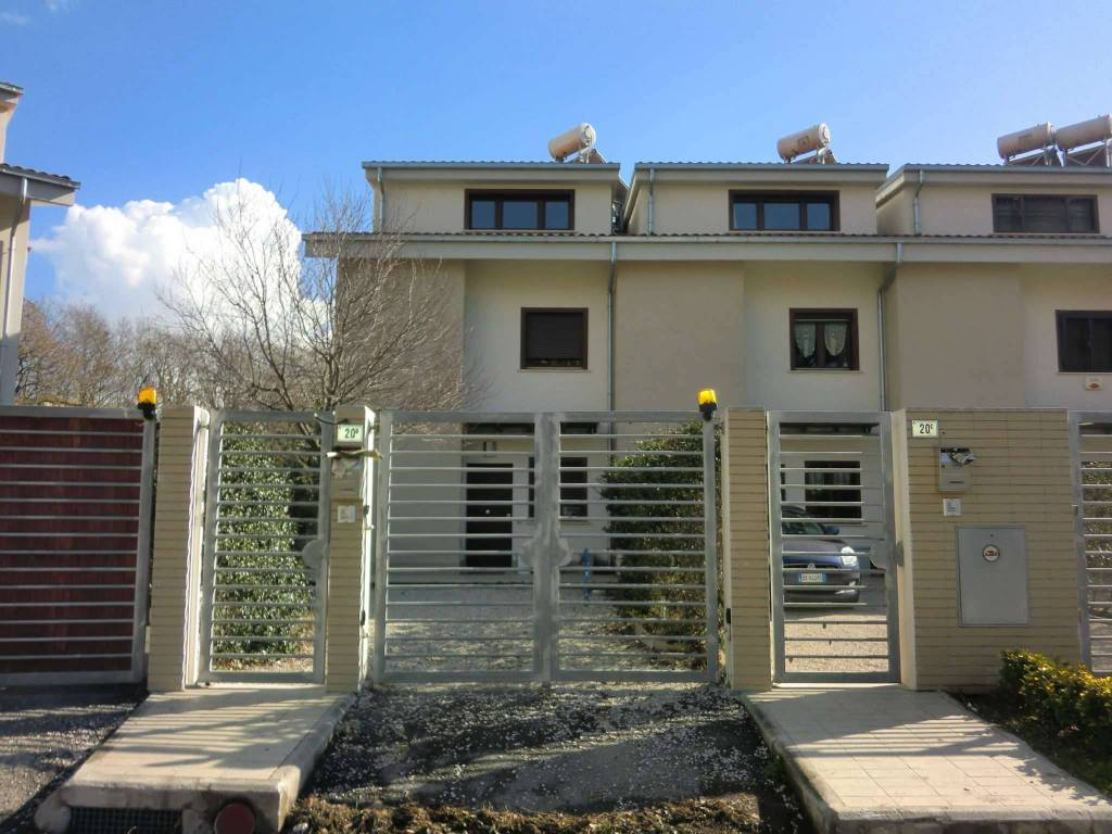 foto  Villa via G.B  LULLI, Cerveteri