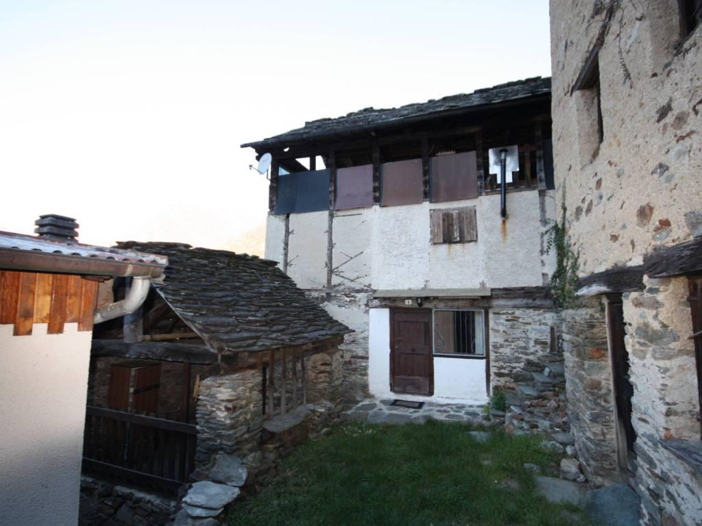 foto  Casa indipendente frazione Folecchio, Rossa