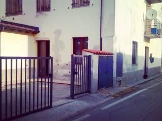 Foto - Trilocale via San Pietro 103, Persico Dosimo