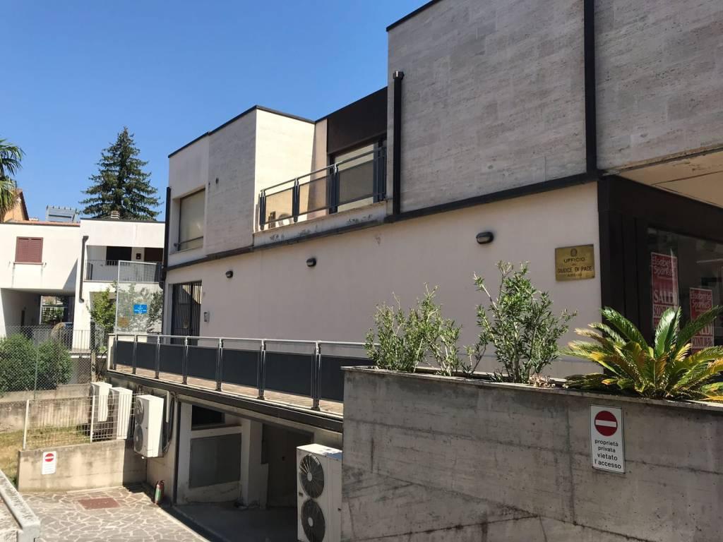 foto  Ufficio in Vendita a Assisi