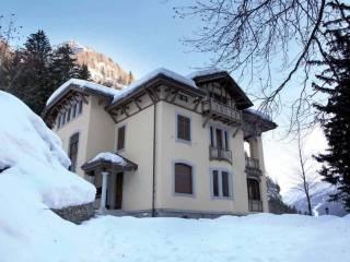Foto - Palazzo / Stabile tre piani, ottimo stato, Gressoney-Saint-Jean
