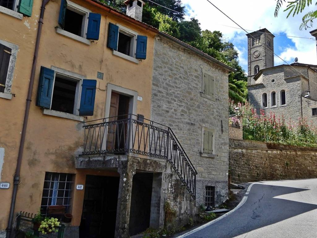 foto  Casa indipendente via Piancaldoli, Firenzuola