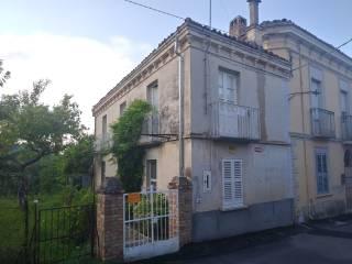Foto - Villa, da ristrutturare, 75 mq, Colledara