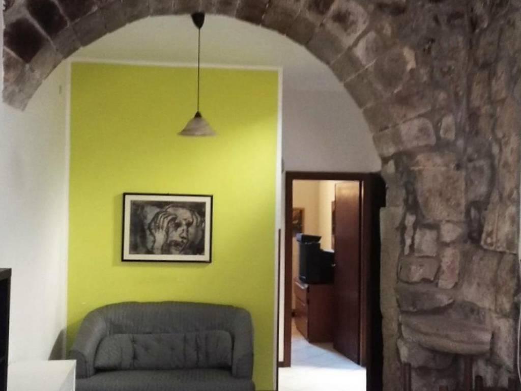 Ufficio Moderno Viterbo : Affitto appartamento viterbo. bilocale in via san rocco. buono stato