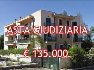 Foto - Bilocale all'asta via Orazio Vecchi 19, Infernetto, Roma