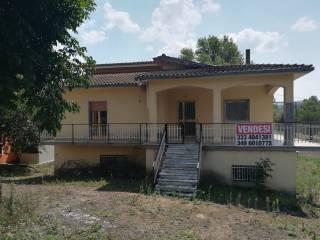 Foto - Casa indipendente Contrada Feudo Cortesano 8, Grottaminarda