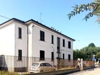 Foto - Trilocale via Pavia 51, Borgarello