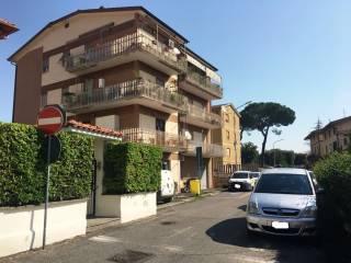Foto - Trilocale piazza santa croce, 4, Passo Corese, Fara in Sabina