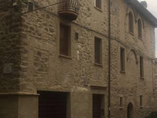Foto - Trilocale via della Libertà 15, Castellone, Deruta