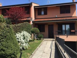 Foto - Villetta a schiera via Lago Maggiore 59, Castelseprio