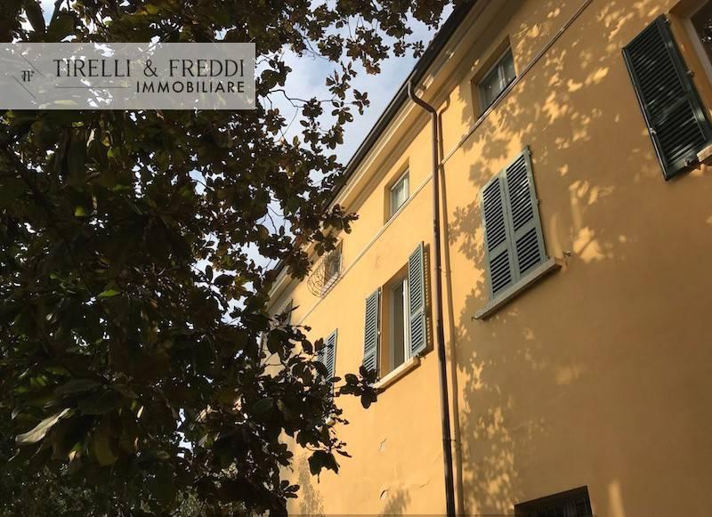 foto Esterno Bilocale piazza San Giorgio, Cellatica