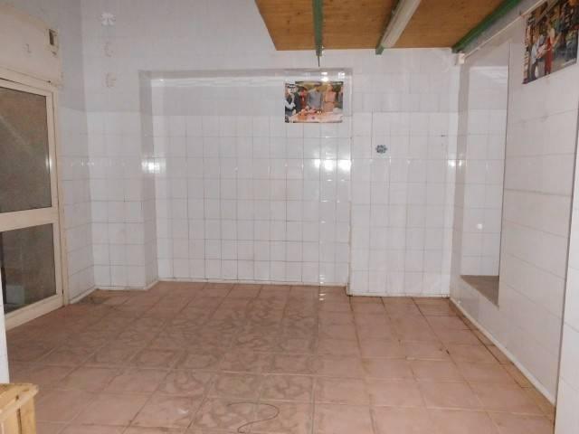 foto  Negozio in Affitto a Mariglianella