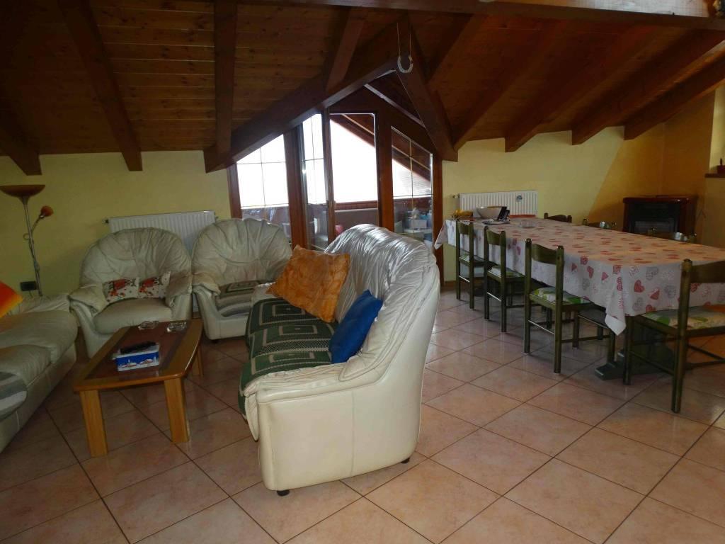 foto  Casa indipendente 240 mq, ottimo stato, Predaia