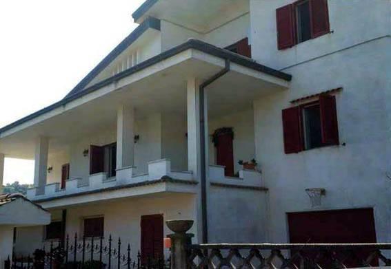 foto  Villa all'asta via Mazzini, 6, Marano Marchesato