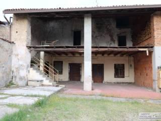 Foto - Rustico / Casale, da ristrutturare, 202 mq, Adro