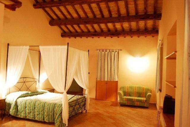 foto  Bilocale Località Casa Bozzi, Trevi
