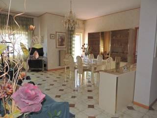 Foto - Appartamento via Giovanni Battista Pergolesi 18, Bronte
